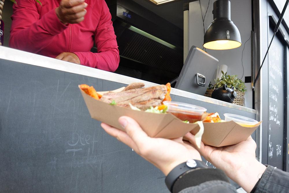 Food Trucks: Frisch aus der Food-Höhle