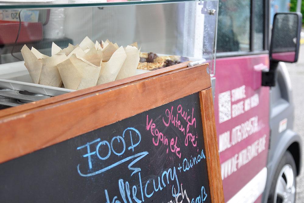 Food Trucks: Gerichte und Speisekarte von Hand gemacht