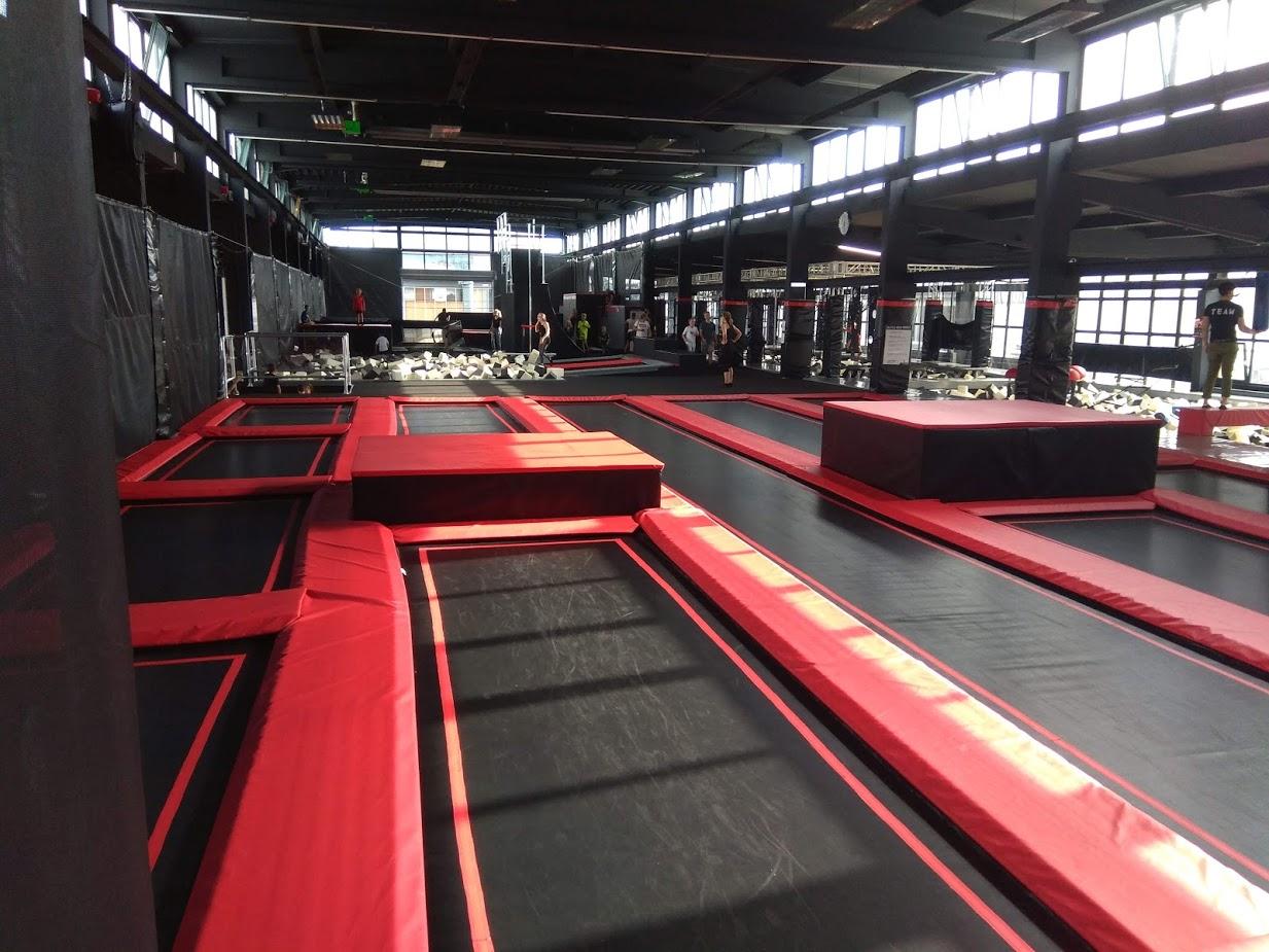 Trampolinspringen im Jump Town Ausgburg